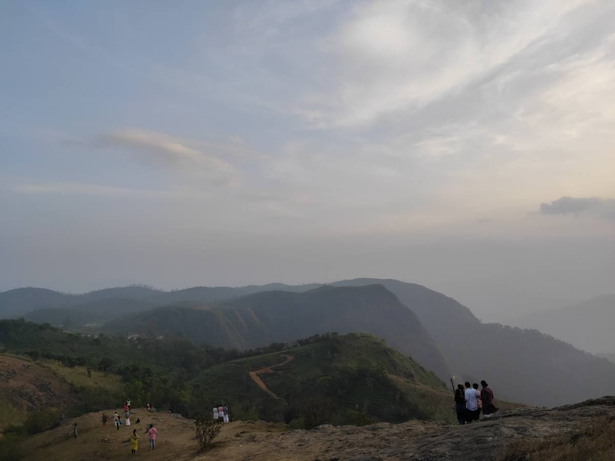 Paruthumpara View Point